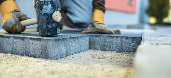 The cost of a patio renovation will depend on the size of the area and your choice of materials and installations.