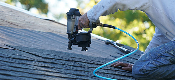 There are many benefits to hiring professional roofing companies in Ottawa for a roof renovation or replacement.