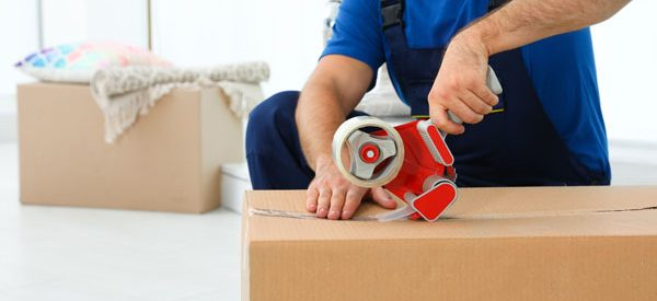 Choose-moving-truck-with-movers,-packing,-or-turn-key-moving-services
