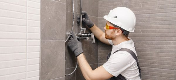 Consult-a-bathroom-contractor-for-a-cost-effective-renovation