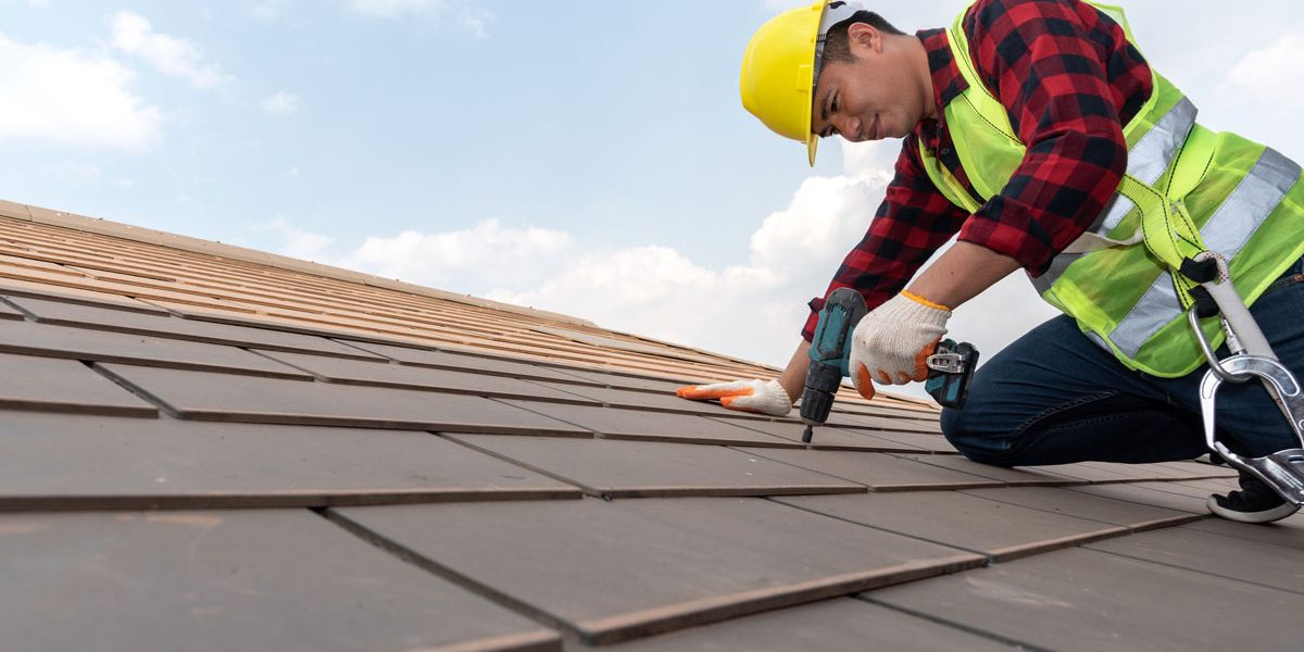 Find-top-roofing-contractors-in-Quebec-for-a-roof-renovation