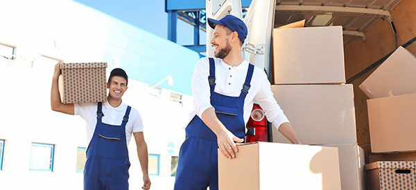 Group-moving-or-consolidated-moving-reduces-moving-expenses.