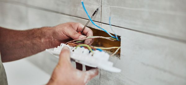 Hourly-fees-of-qualified-electricians