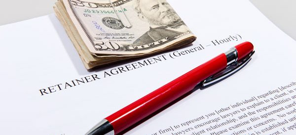 Hourly-or-flat-fees-for-real-estate-lawyers