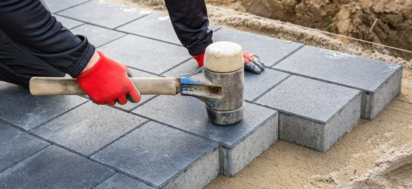 Know-the-best-materials-for-paving-your-driveway-using-our-free-quotes