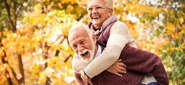 Medical-alert-systems-for-active-seniors