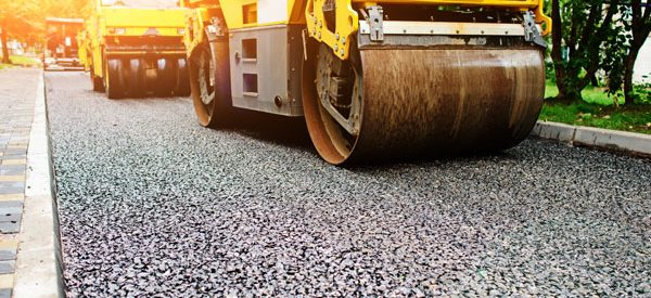 Paving-contractors-use-the-right-machinery-for-high-quality-work