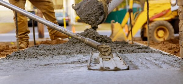 Work-with-a-reputable-contractor-for-paving-your-driveway-to-get-the-best-results